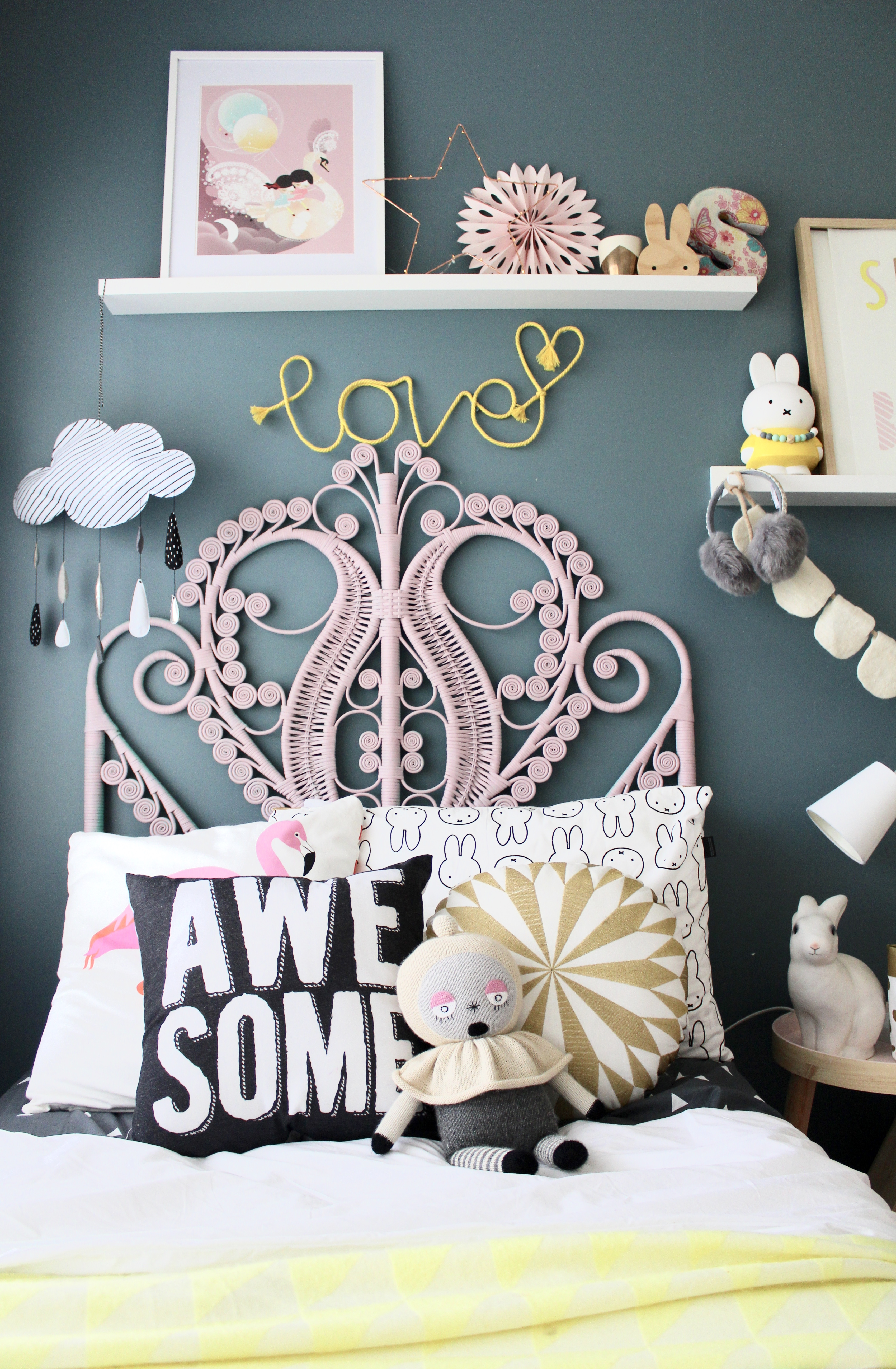 Interiors and decor - simple wall art DIY