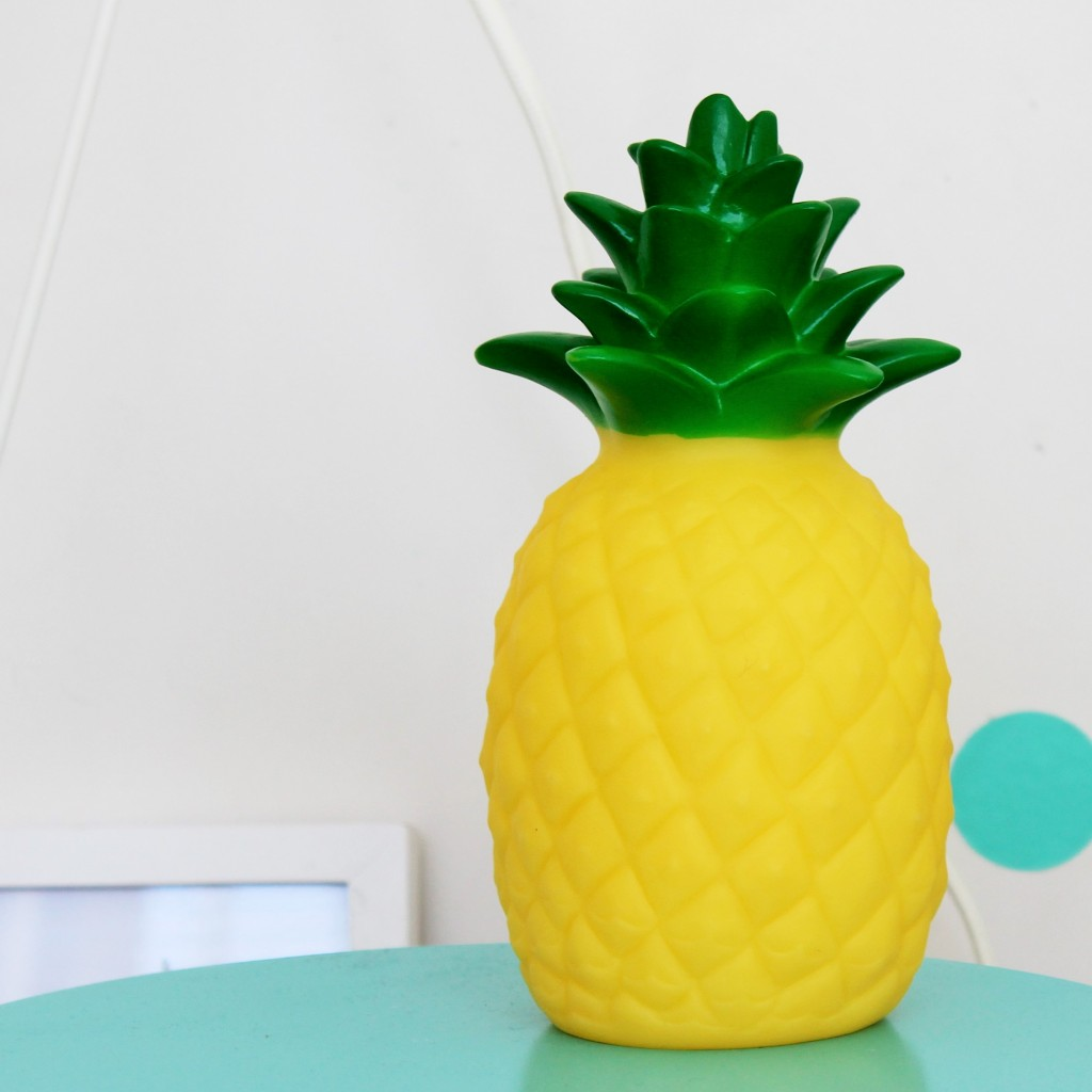 Pineapple Night Light - www.fourcheekymonkeys.com