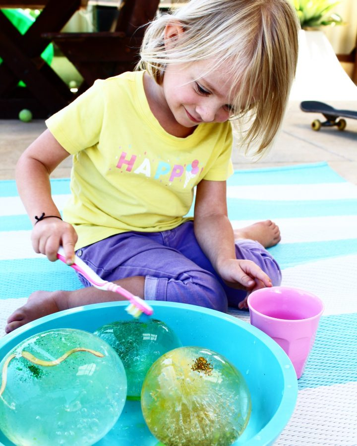 FROZEN WATER PLAY – sensory play for kids