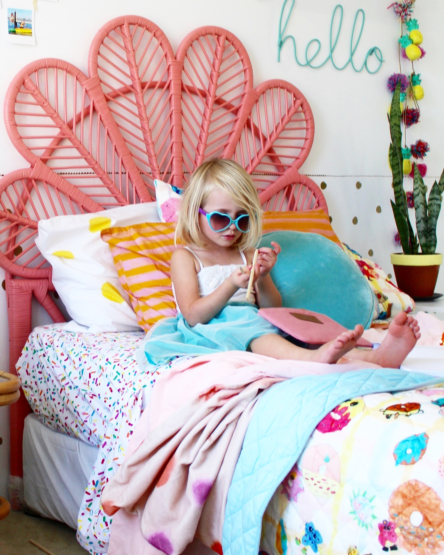 Modern Boho Kids rooms - Girls bedroom ideas |kids bedding and decor | modern boho bedroom ideas more on the blog