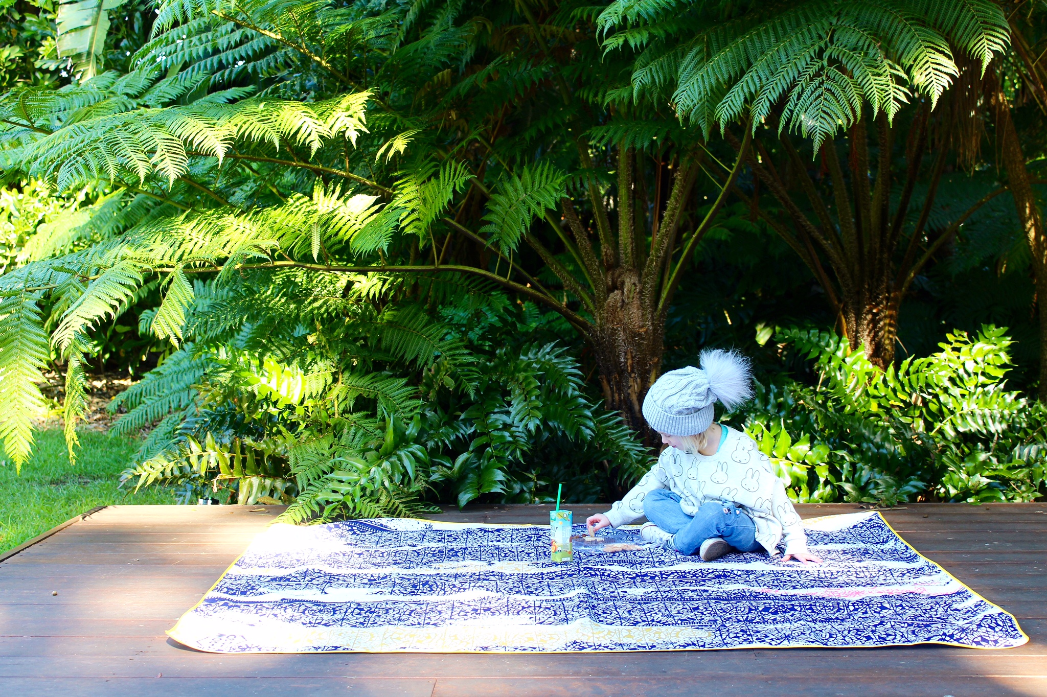 The Throw to go – on trend picnic rugs for stylish parents