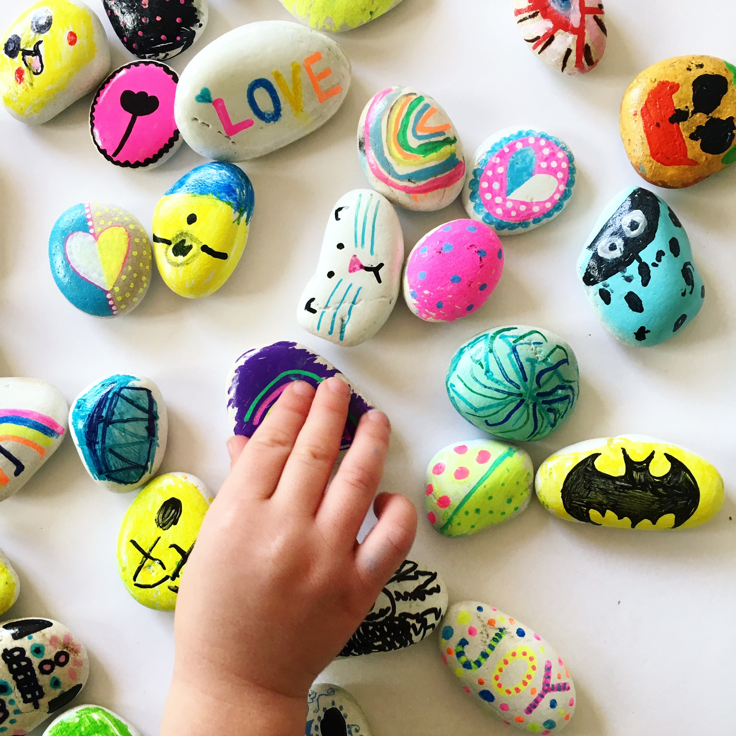 rock painting ideas | kids activities and crafts developing fine motor, creativity and kindness