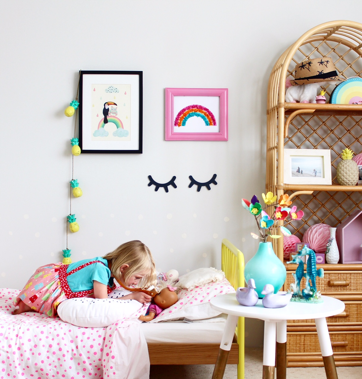 Kids bedroom ideas - colourful toddler girls bedroom. Super cute space!